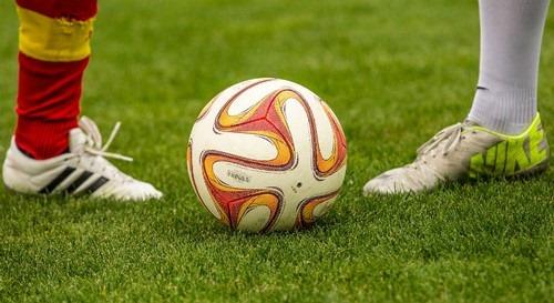 بررسی تبانی در رشته فوتبال